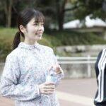 """mqdefault 676 150x150 - ✅  テレビ朝日系で放送されてきた土曜ナイトドラマ『モコミ~彼女ちょっとヘンだけど~』は、きょう3日(後11:00~11:30)が最終回。""""モノの気持ちがわかる""""主人公・清水萌子美(小芝)と、それぞれ"""